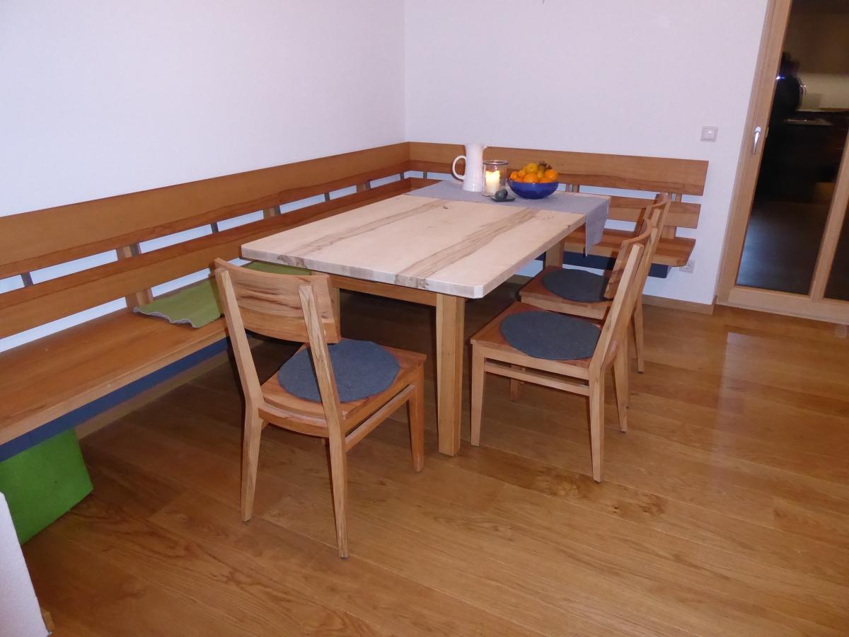 Tische und Stühle - Schreinerei Sedlmeier
