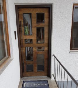 Haustür Altholz mit Eisen Schreinerei Sedlmeier Rott am Inn