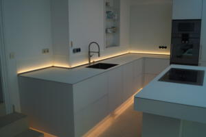 Moderne Küche 4Schreinerei SedlmeierRott am Inn