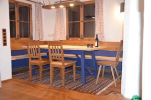Eckbank - Tisch Ahorn Bank Eiche astig - blau