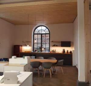 Firmenküche mit EinhausungSchreinerei SedlmeierRott am Inn