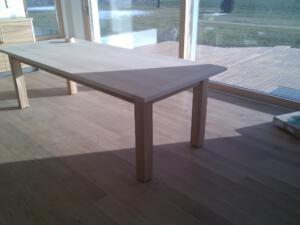 Tisch modernSchreinerei SedlmeierRott am Inn