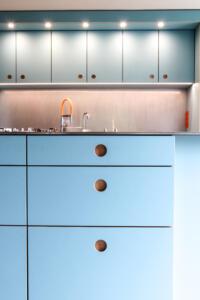 blaue Linoleum KücheSchreinerei Sedlmeier Rott am Inn
